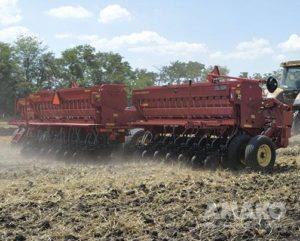 Зерновые механические сеялки Сhallenger 9531 фото