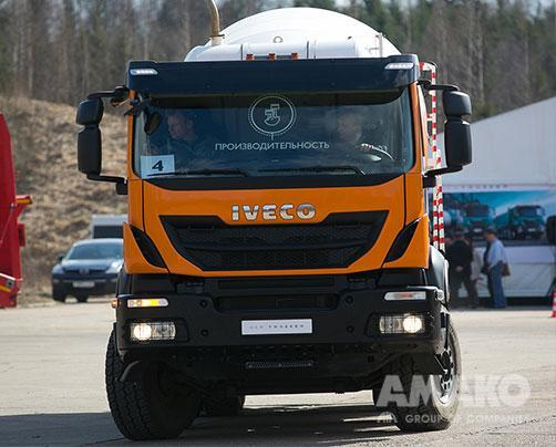 Бетономиксер Iveco Trakker AD 410T44B