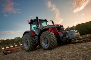 Трактор Massey Ferguson 8737S