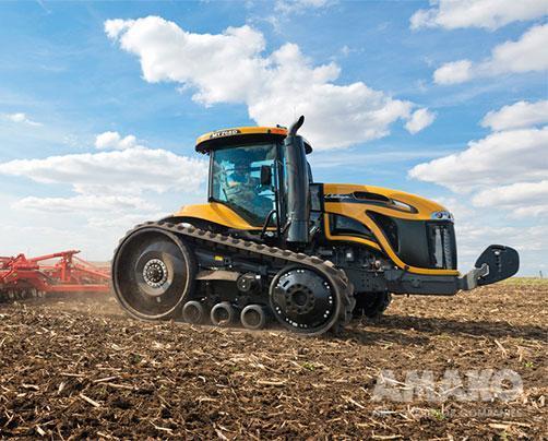 Гусеничный трактор MT700E