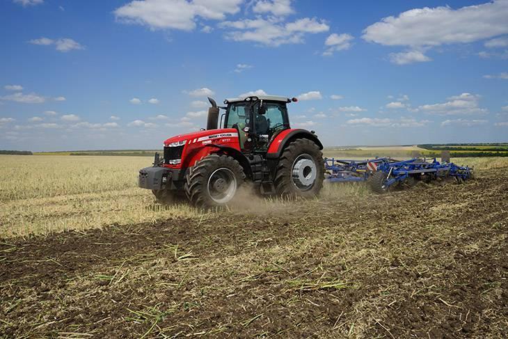 трактор massey ferguson 8737 и культиватор kockerling vario
