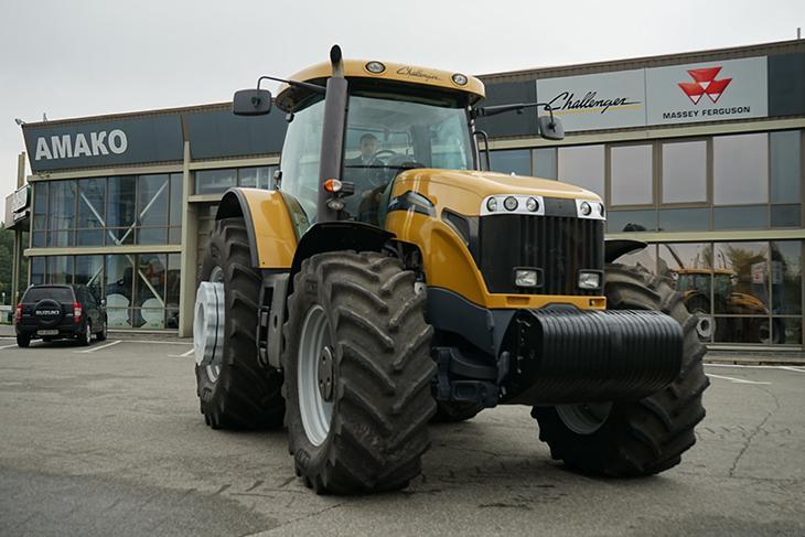 MT 685C трактор фото