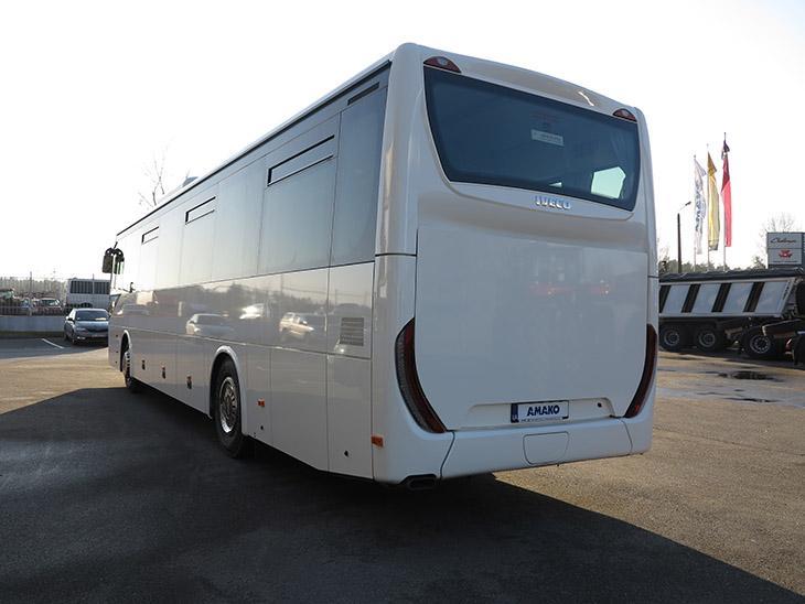 автобус IVECO Crossway фото сзади
