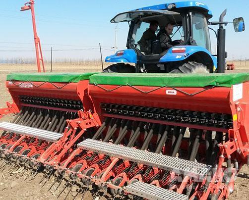 Механическая зерновая сеялка Maschio Gaspardo MEGA