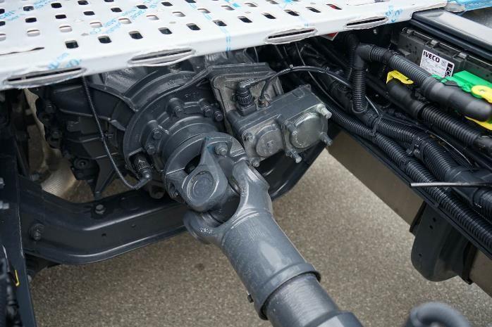 Седельный тягач 4×2 Евро 6 IVECO Stralis AS440S42TP RR