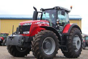 трактор MF 8737 фото