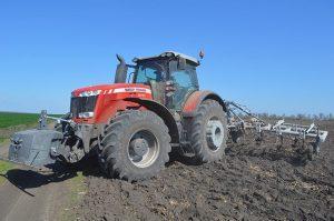 """трактор Massey Ferguson 8737 на полях ФХ """"Прогресс"""""""