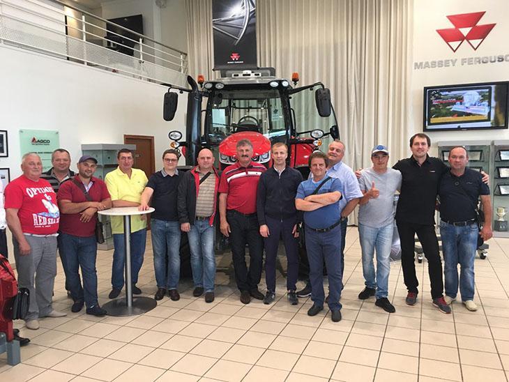 клиенты АМААКО на заводе во Франции фото