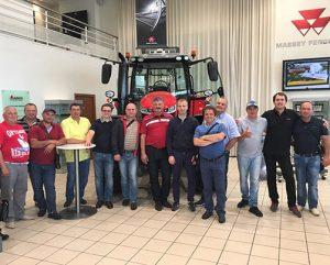 аграрии на тракторном заводе фото
