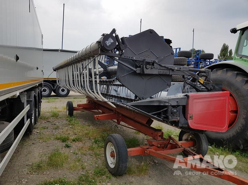 Комбайн зерноуборочный Massey Ferguson 9690