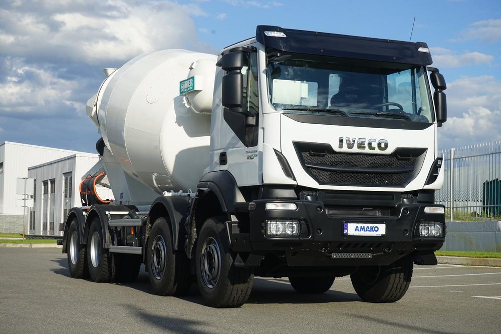Автобетонозмішувач IVECO Trakker AD410T41B