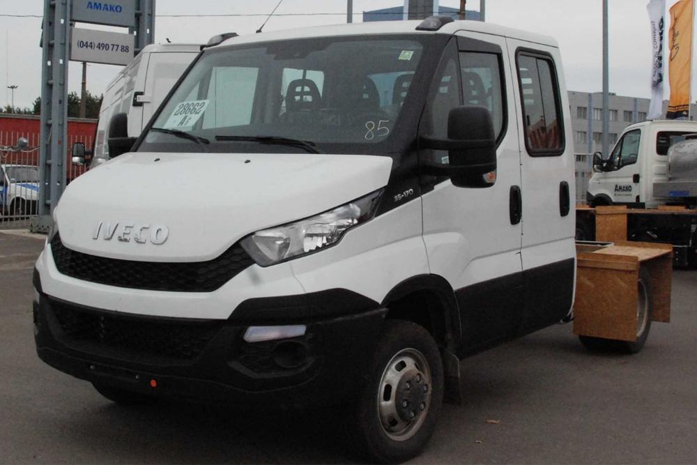 Шасі вантажного автомобіля IVECO Daily 35C15D, подвійна кабіна